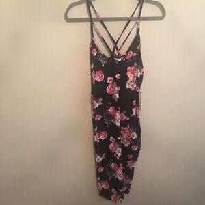 Iris floral strappy midi dress size L